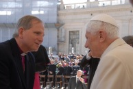 Bp 33 M and Pope