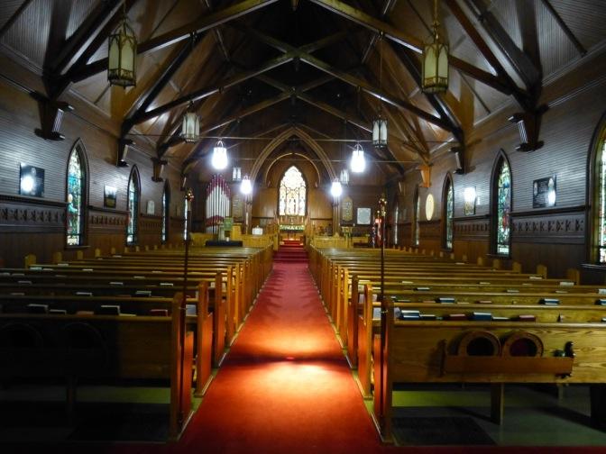 SLB 4 Interior Nave looking toward altar 2017